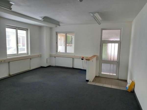 Büro in 2020 Hollabrunn 1