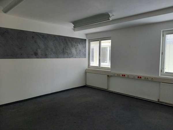 Büro in 2020 Hollabrunn 2